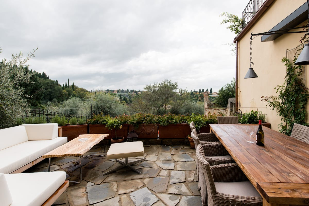 Gorgeous Villa with Postcard Views in Historical Florence