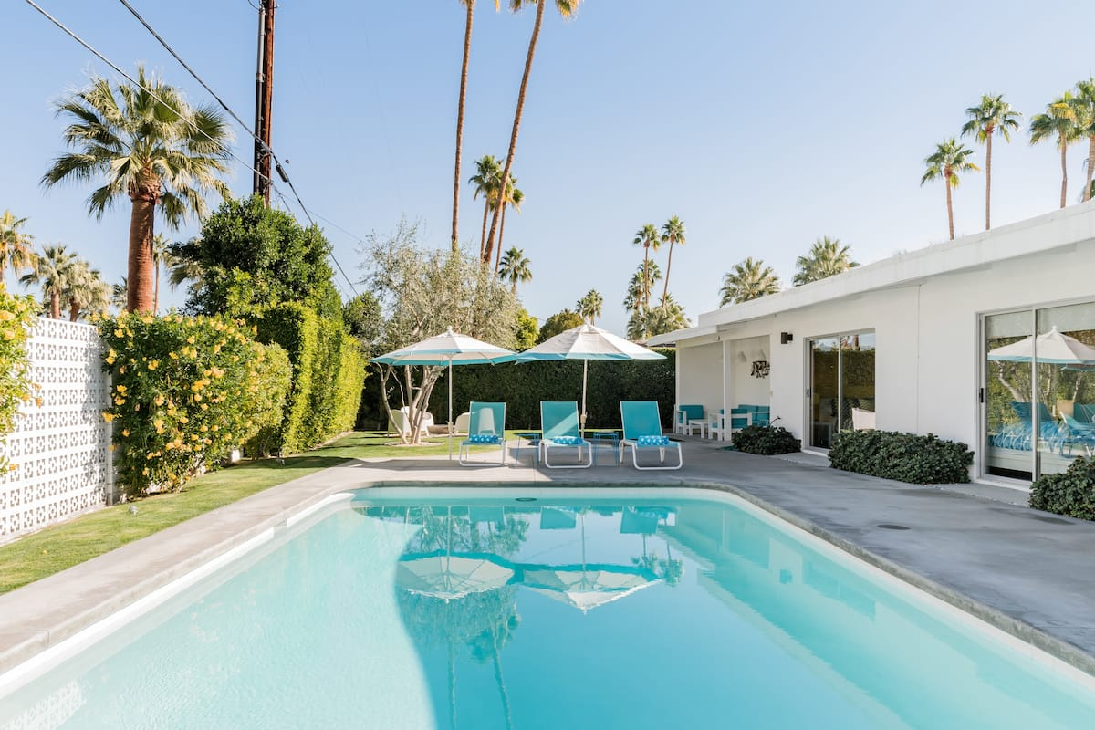 Magnificent Mid Century Masterpiece in Upscale Twin Palms