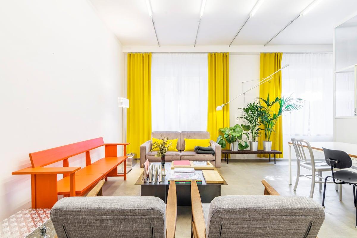 Modern Studio Apartment in Milan Historical Centre