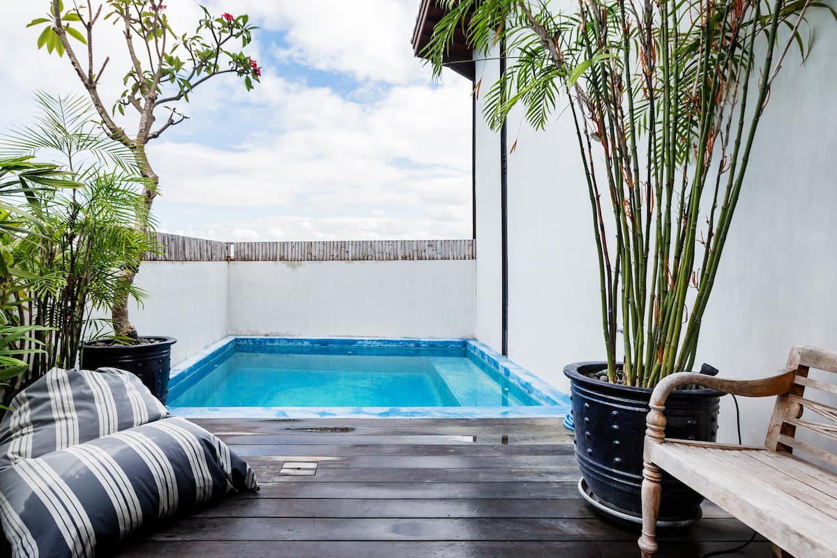 Super Cool Canggu Rooftop Apartment with a Very Private Pool