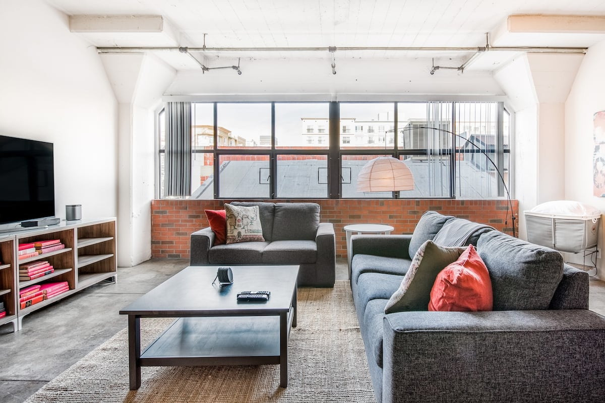 Premium Loft in Gaslamp Quarter, Close to Convention Center