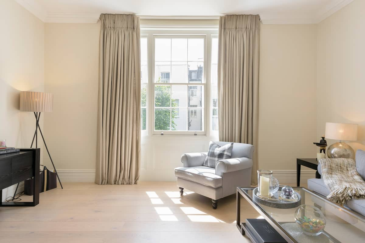 Chic Luxury Flat near Earls Court
