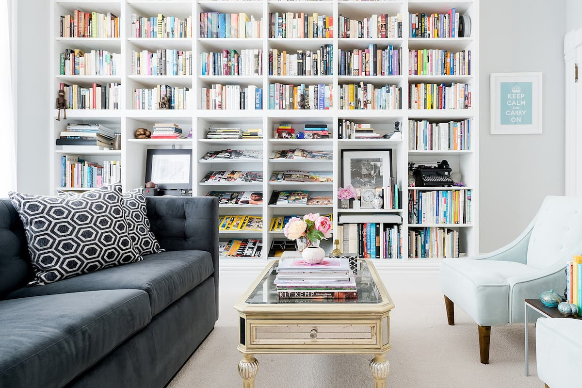 Tranquil Victorian Two Room Suite with Light-Filled Library