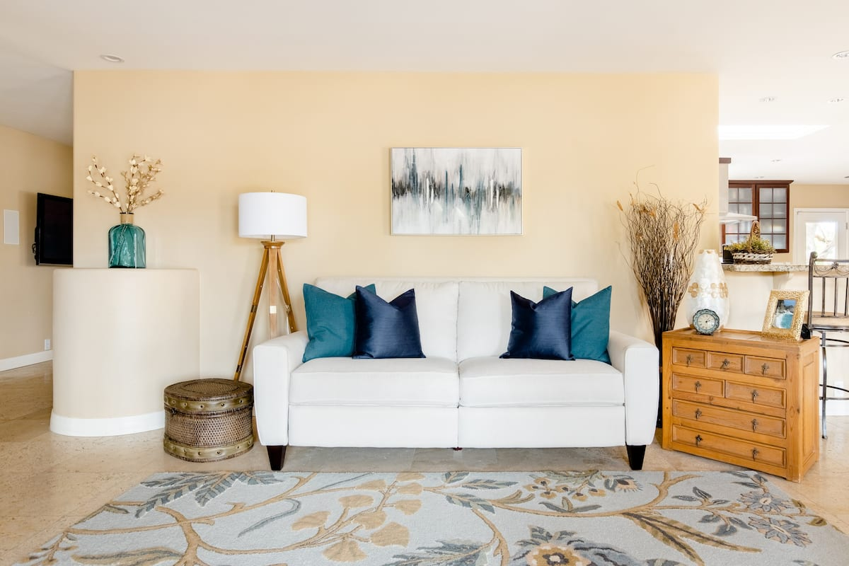 Relax and Unwind in a Beautiful Paradise Valley Home
