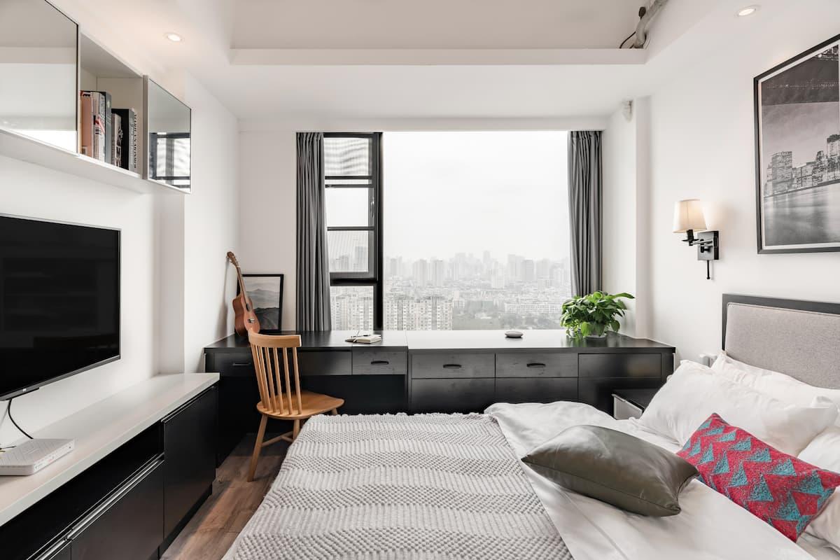 近地铁3号线可享绝佳视野的顶层公寓