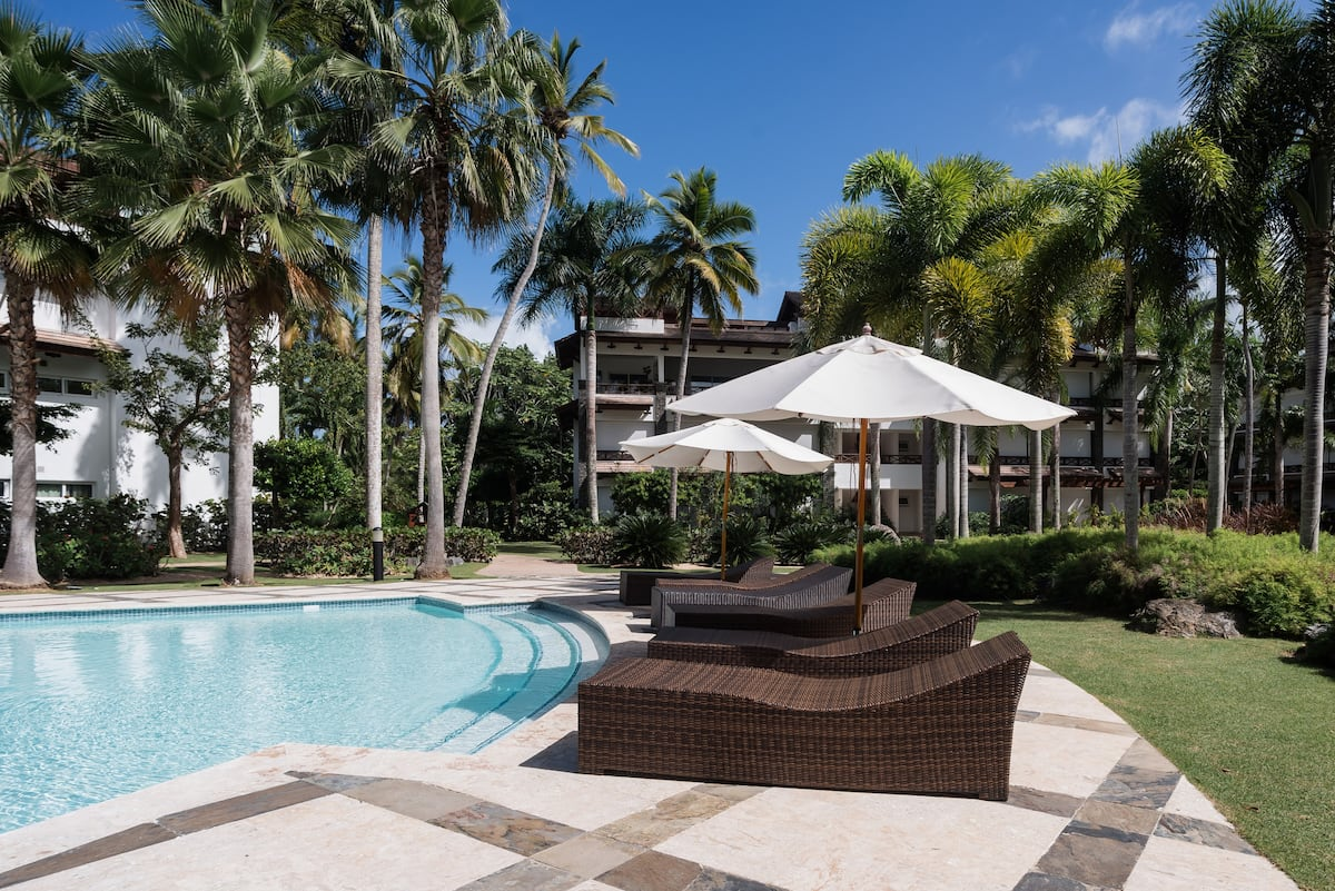 Walk a Private Beach Outside this Fully Equipped Condo