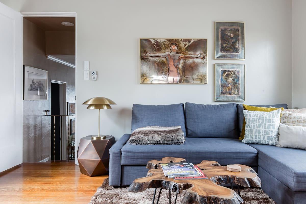 Kick Back at a Chic Urban Retreat in the Heart of Sacramento