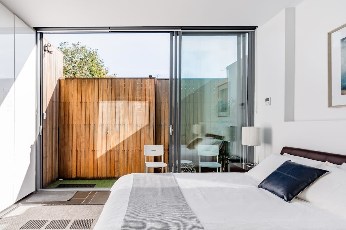Contemporary Guest Suite in Richmond