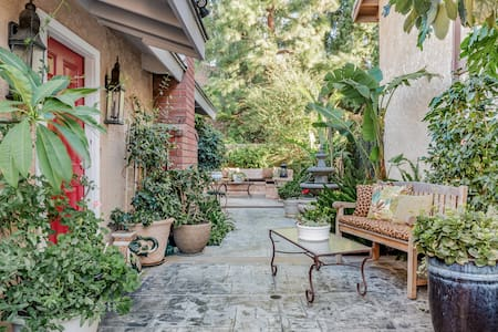 Tranquil, Entirely Private Garden Suite W/separate Entrance