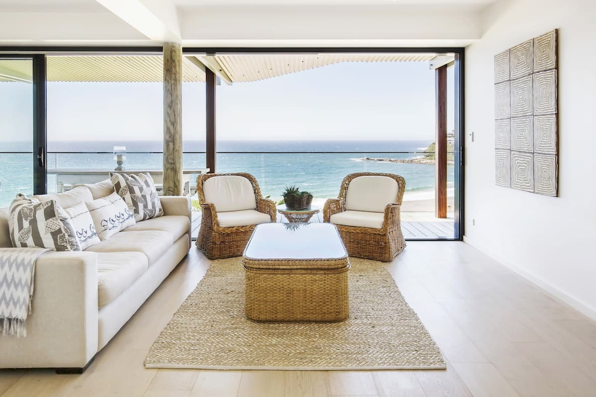 Relax in a Stylish Modern Villa Overlooking the Beach