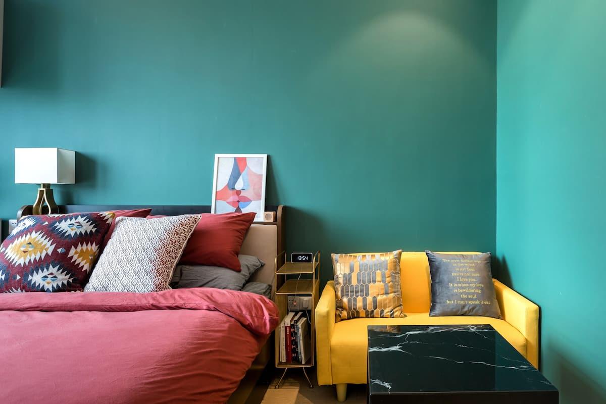 入住轻奢公寓去探索六朝古都之美