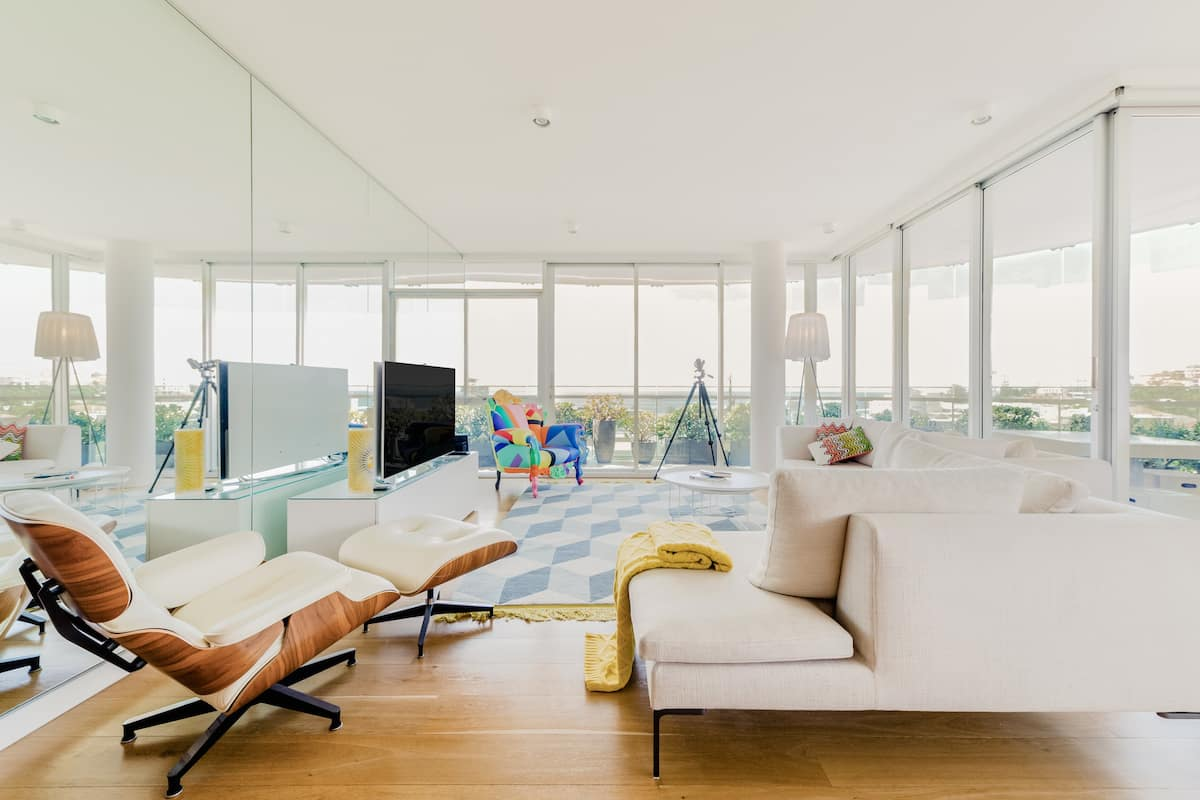 Bondi Boheme - Elegant Condo with Panoramic Ocean Views