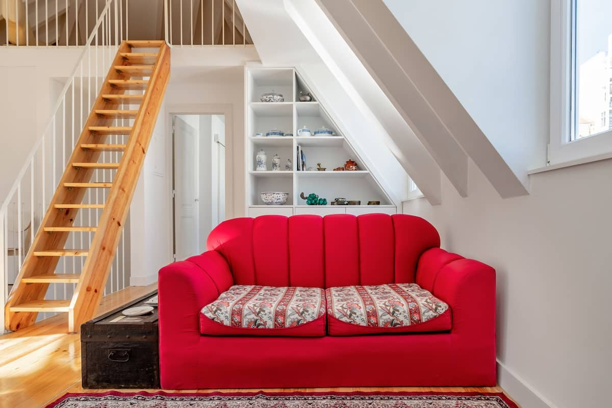 Charming and Breezy Attic Apartment on Lisbon's Highest Hill