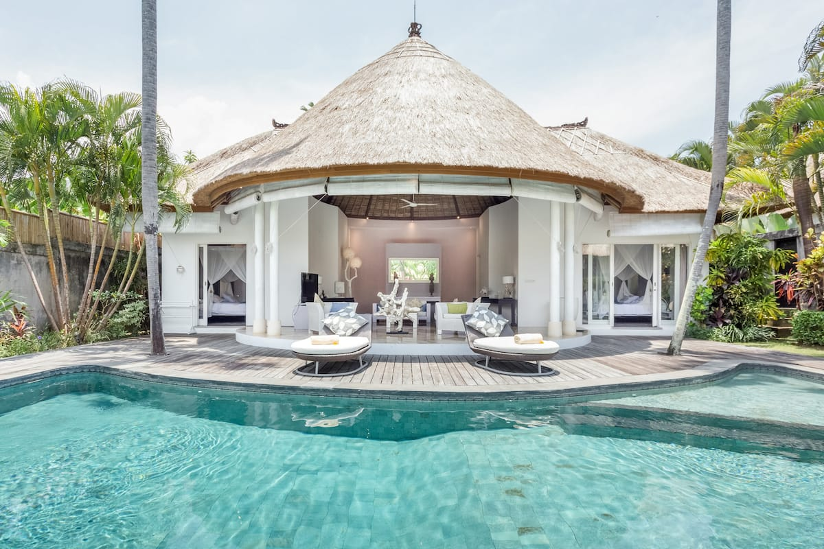 Recharge in a Tranquil Balinese Villa with a Pool.  Finns Membership