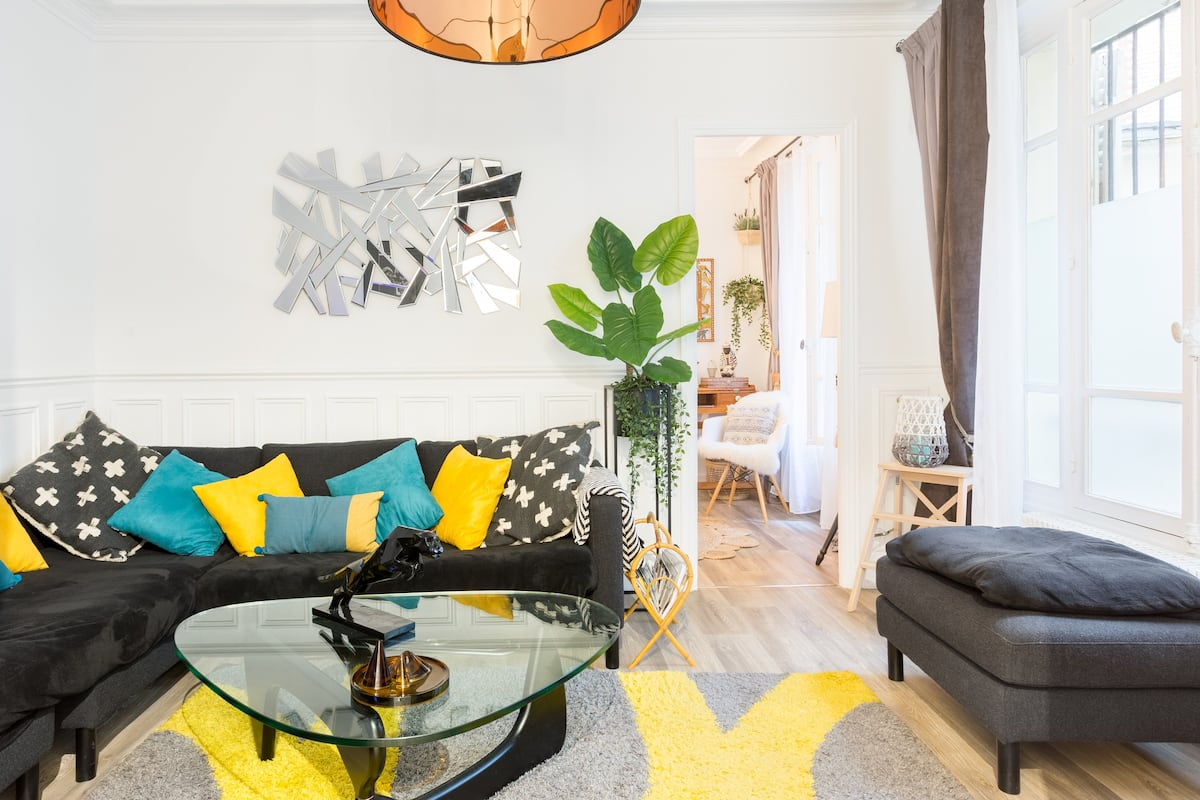 Vibrant, Stylish Apartment near Place de la Bastille