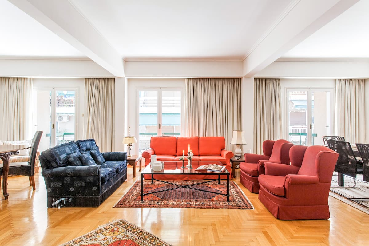 Explore Athens from a Warm, Art-Filled Apartment in a Privileged area
