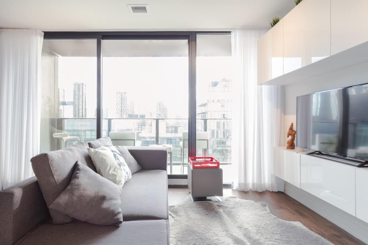 Enjoy the View and Relax in the Heart of Downtown Toronto