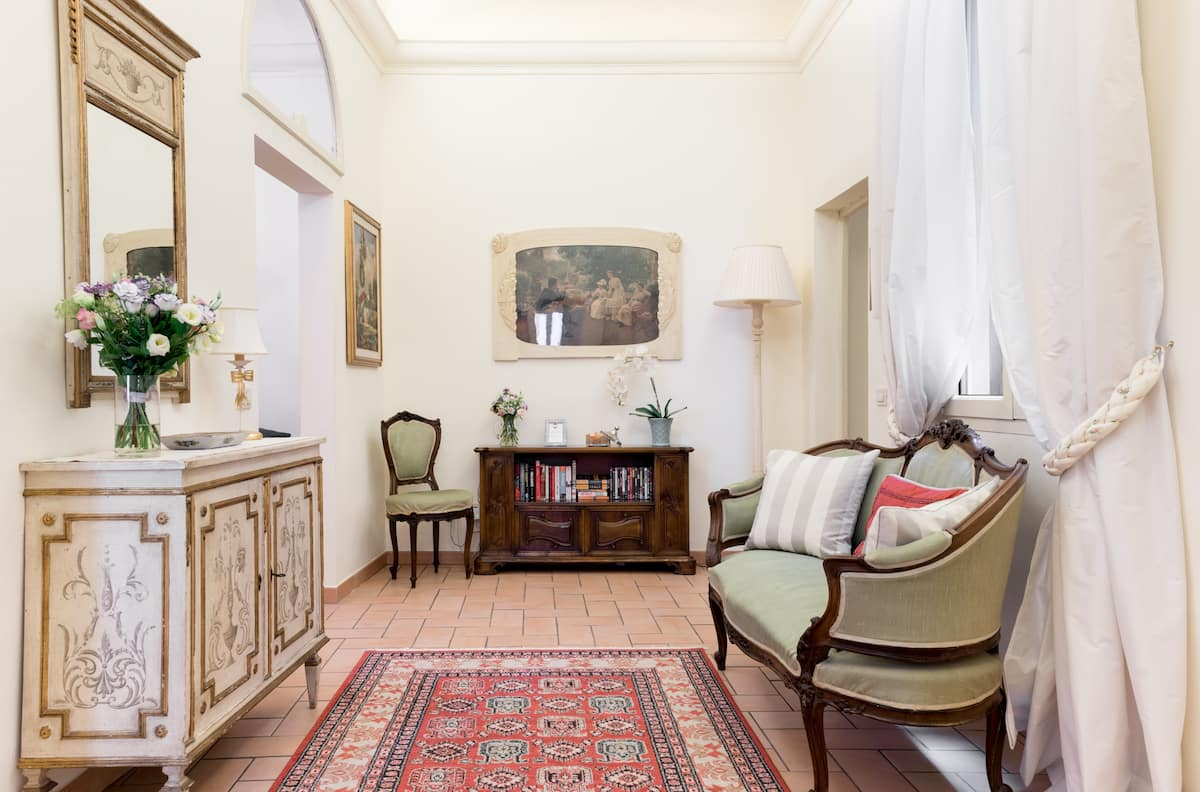 Historic Apartment in Santa Maria Novella Square