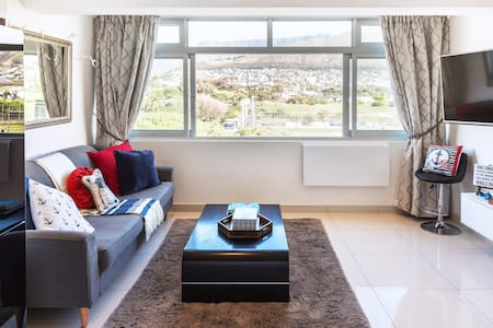 Perfect Location. Stunning Views. Modern. Next to Cape Town's V&A Waterfront.