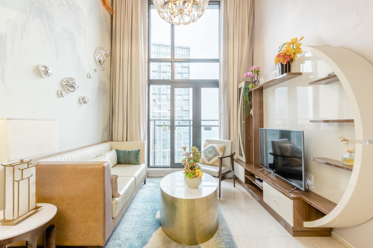 近大学城&广州塔&长隆各园区的浪漫轻奢风复式公寓1811