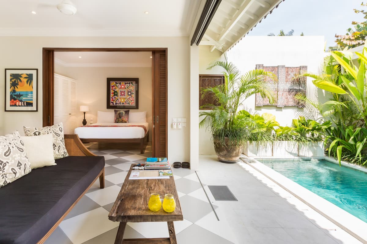 Explore Nightlife from a Modern Villa Zita in Seminyak
