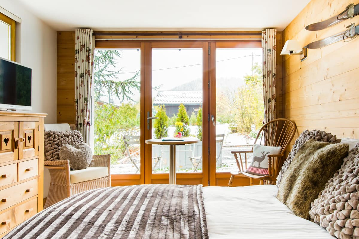 Explore Alpine Nature from a Relaxing and Romantic Suite