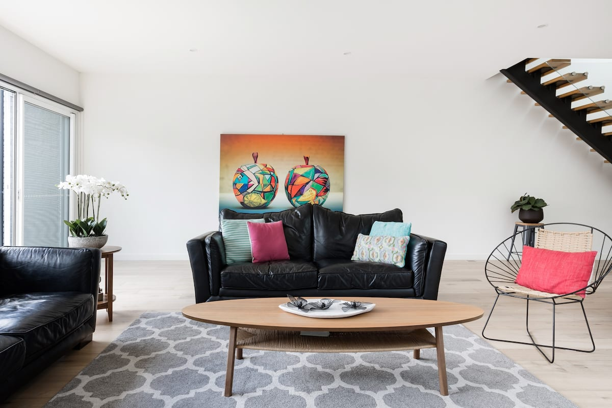 Blend Indoor and Outdoor Living at Pet-Friendly Prahran Home
