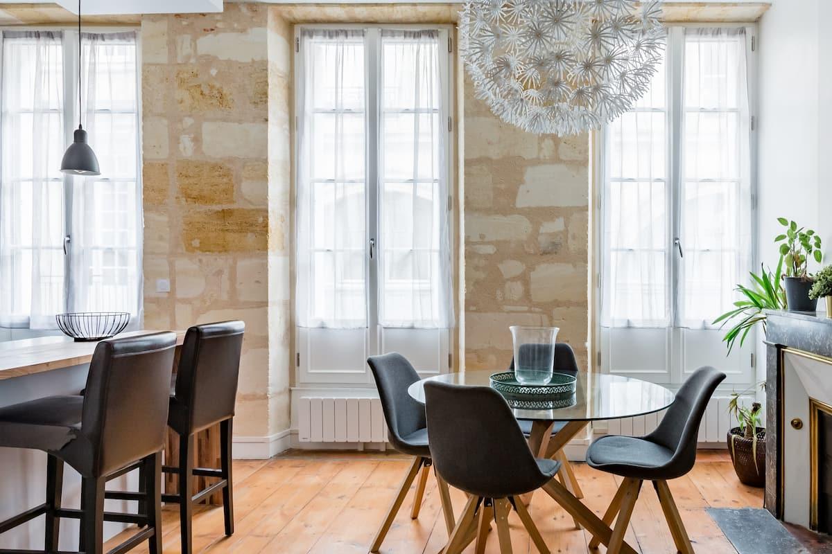 Un havre de confort en plein cœur historique de Bordeaux