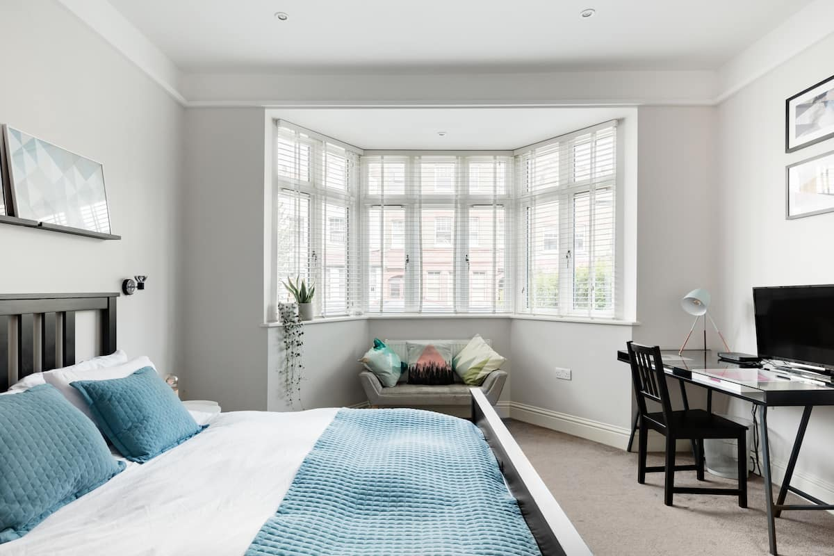 Sunny Private Room in a Characterful Balham Semi