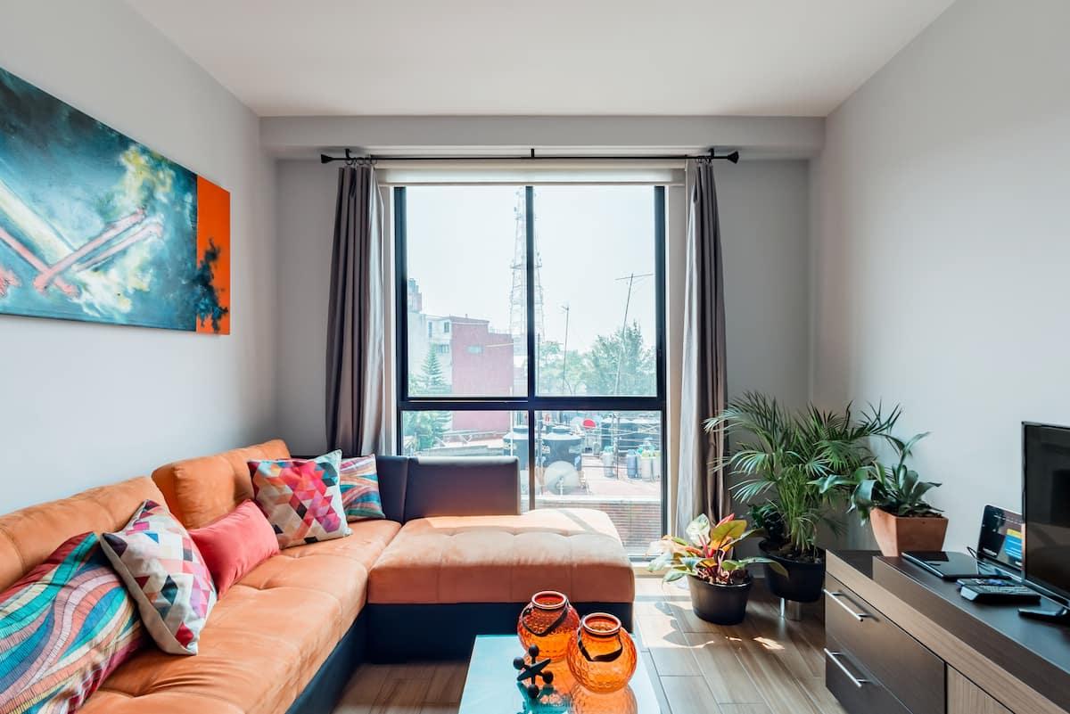 Vive la ciudad desde este acogedor apartamento
