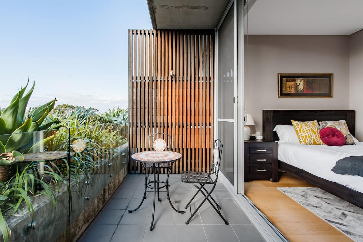 Admire the Skyline, Dream Terrace Home in Surry Hills