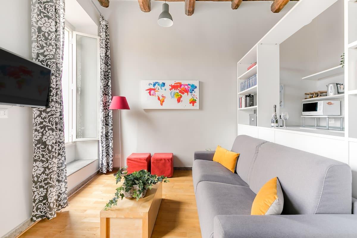 Romantic Apartment for 2 close to Campo de' Fiori