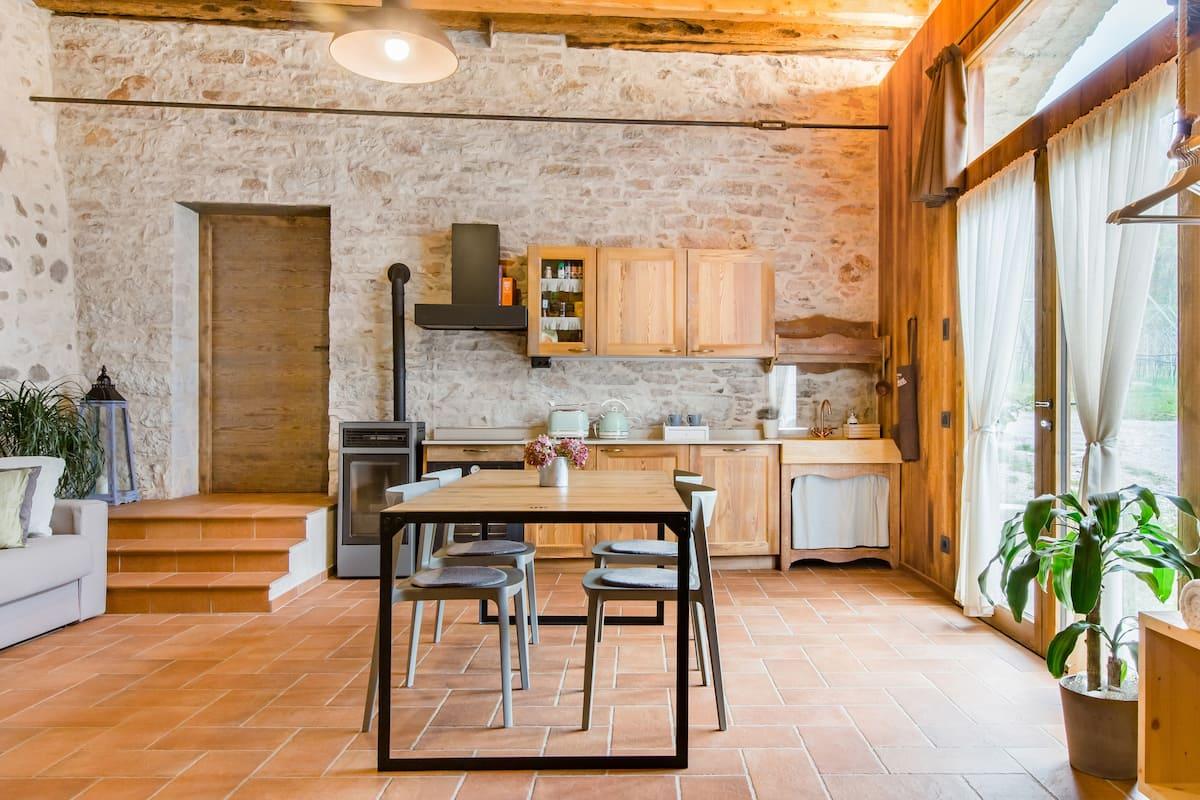 Rustico e confortevole loft in azienda agricola biologica nel cuore del Trentino