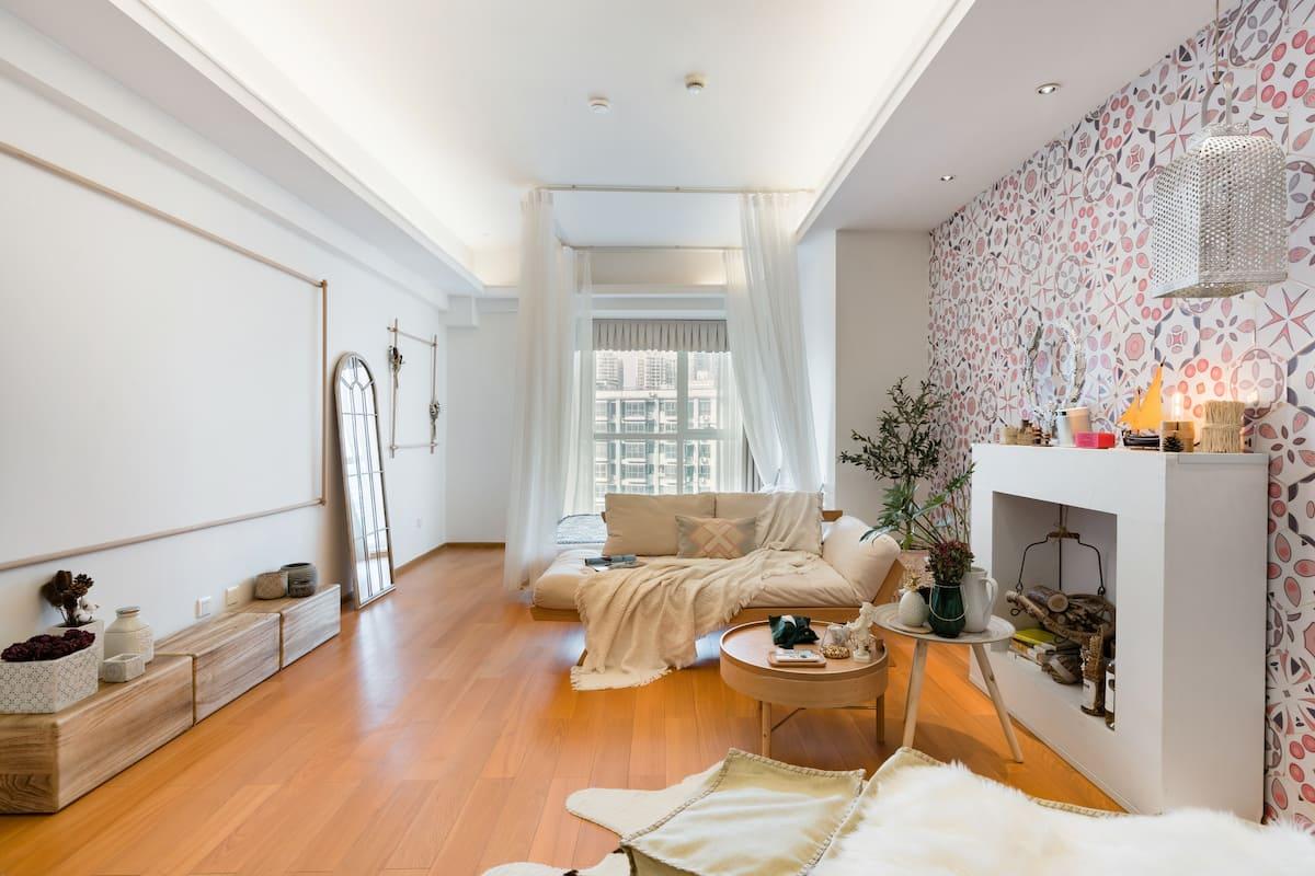 原宿|探云|现代摩洛哥风|巨幕套房|酒店式高端公寓楼|春熙路好品位之家|地铁直达|太古里 宽窄巷子|