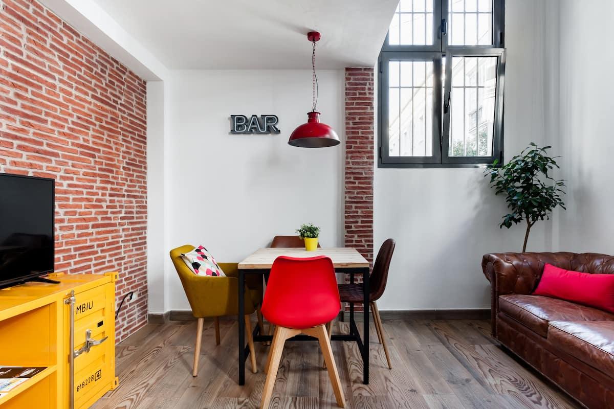 Vivienda de estilo industrial en el centro de Cádiz