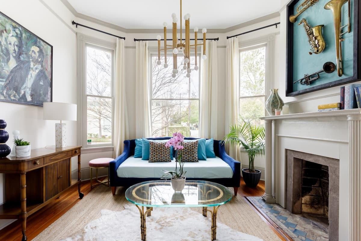 Stayloom's Roomy, Restored Victorian Luxury Home