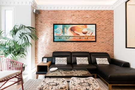 Luxury in Madrid center, Fifty meters from Puerta del Sol. AntiCovid measures.