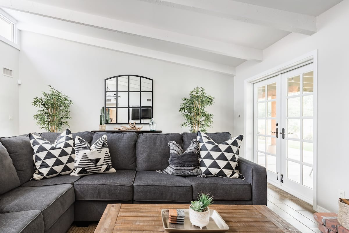 Casa Saguaro—Southwest-Modern Home in Heart of Scottsdale
