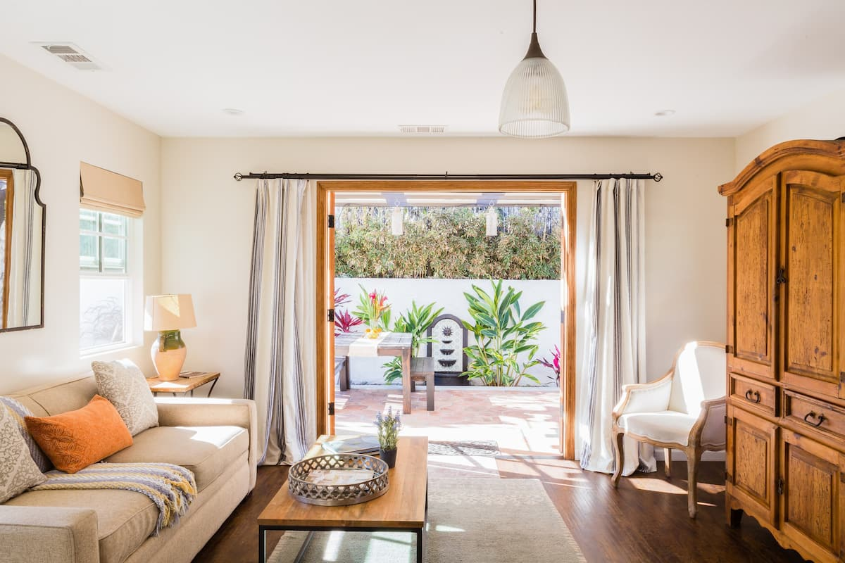 Private Terrace Oasis in the Culver City Arts District