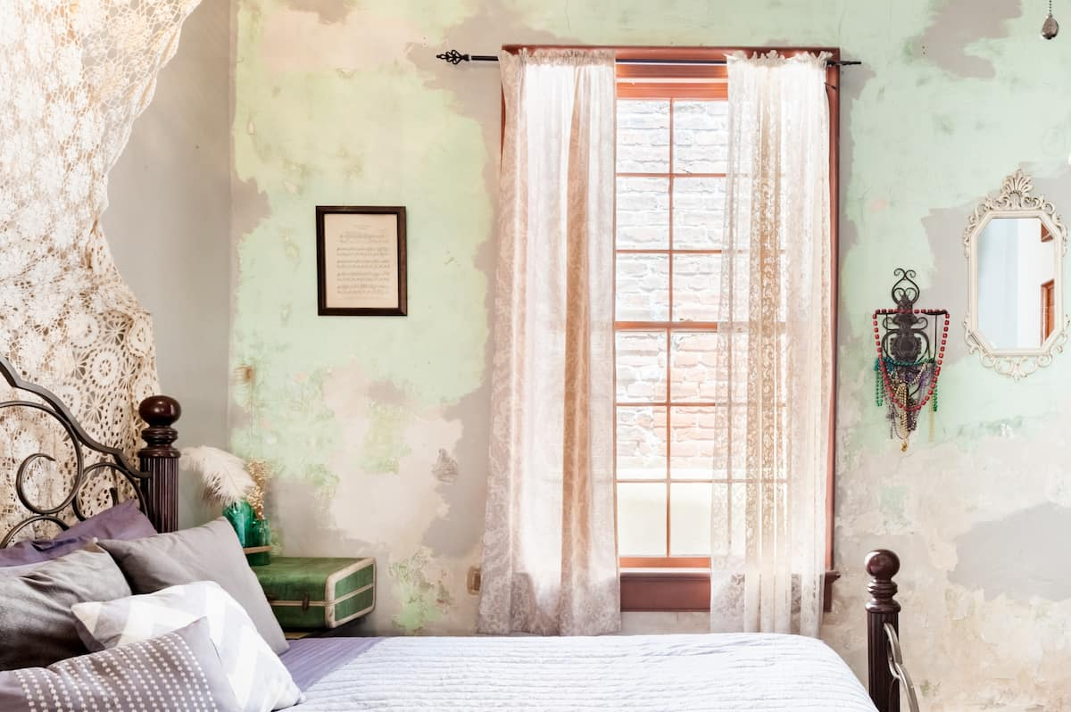 Chic Bohemian Guest Suite Close to the Famous French Quarter