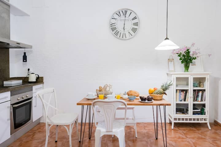 Cosy and peaceful apartment in Seville's old town