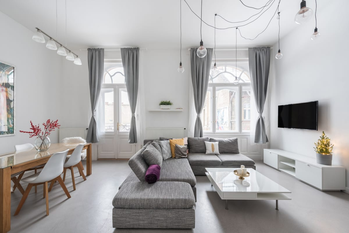 Modern Two-in-One Flat in the Secessionist Heart of Budapest