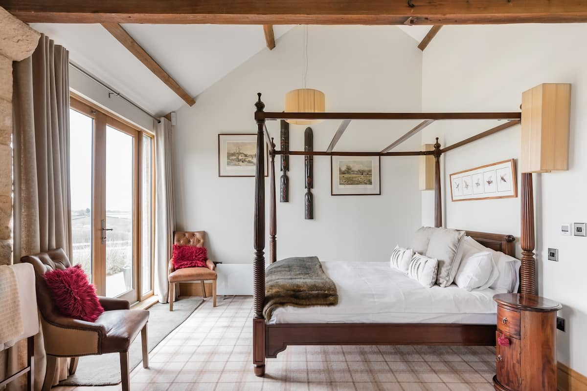 Converted Historical Barn with Countryside Views