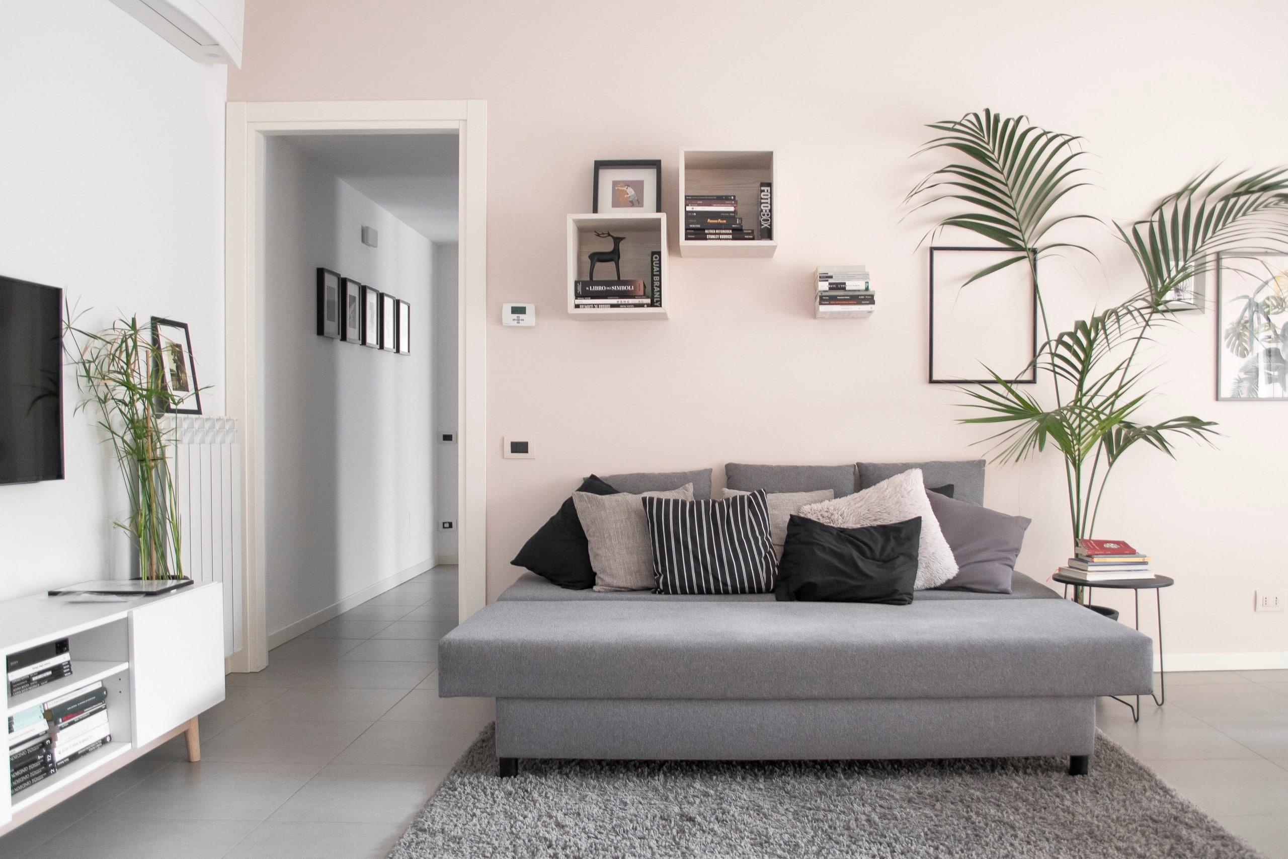 Appartamento dal design minimal in zona rubattino for Appartamento minimal