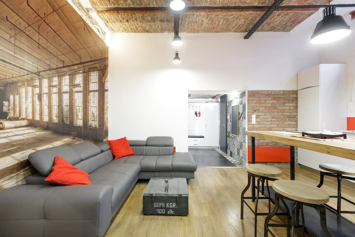 FreeStone Palace Loft Superior