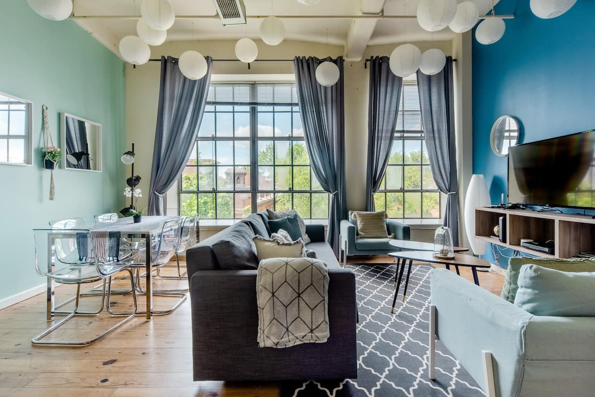 Hip, Vibrant Apartment in Downtown's Warehouse District
