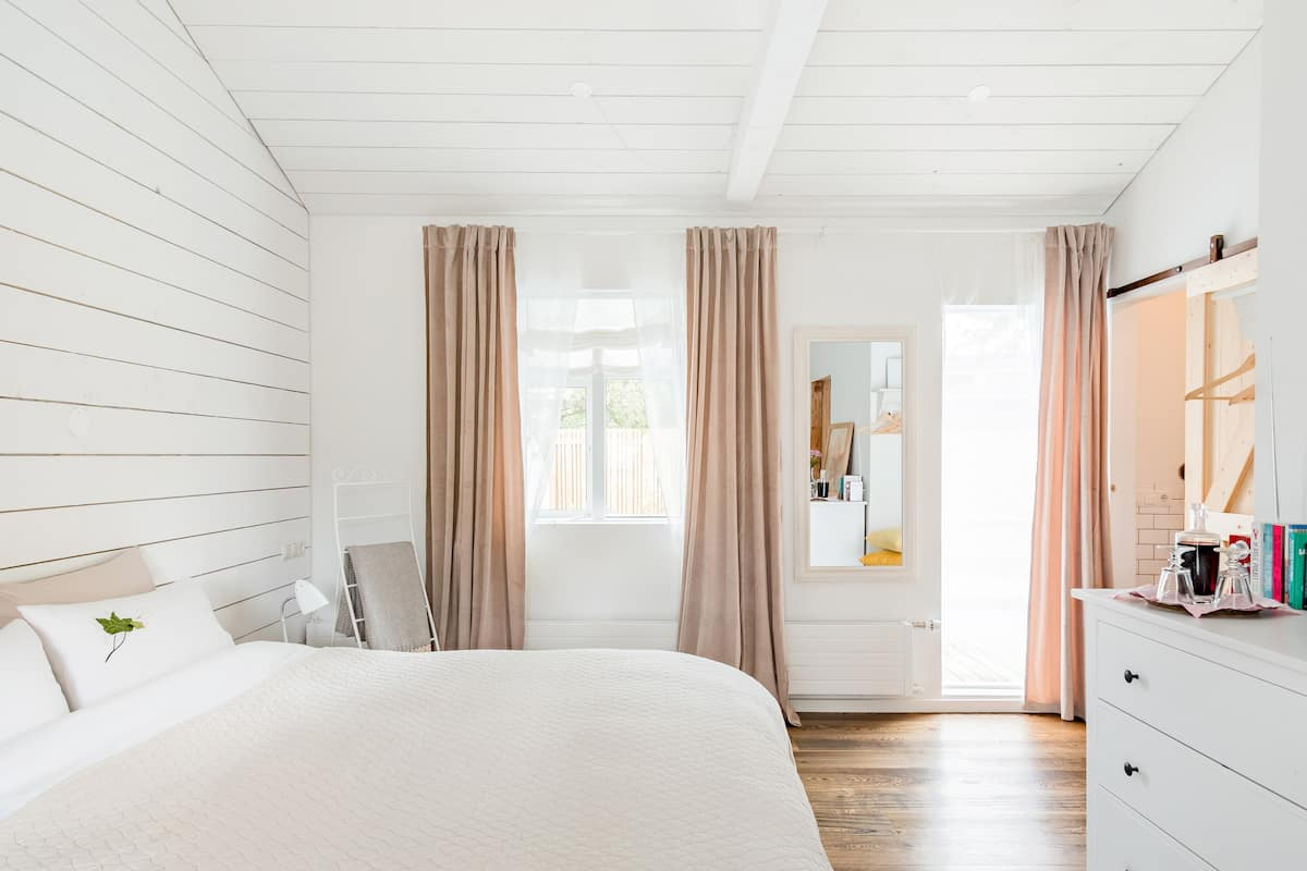 Charming Studio Suite in the Green Town of the Capital