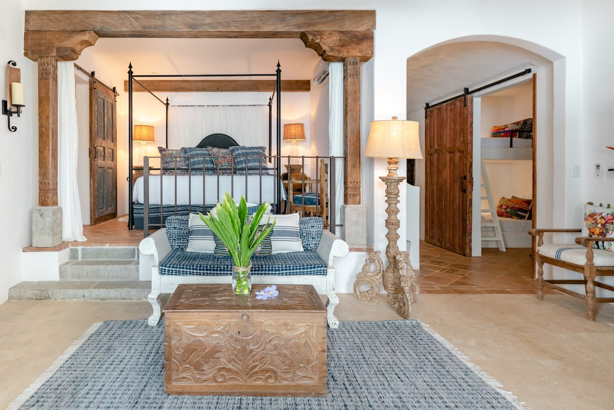 Romantic Oceanfront Grand Suite in Las Catalinas