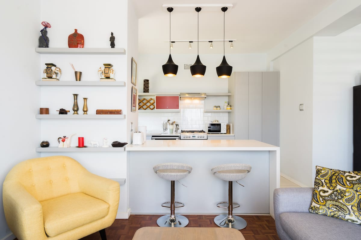 Saunter to the V&A Waterfront from a Chic Central Apartment