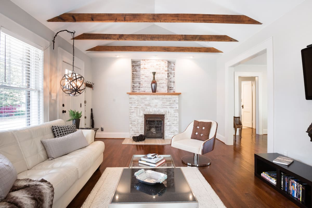 Bright, Refined Bungalow in Midtown
